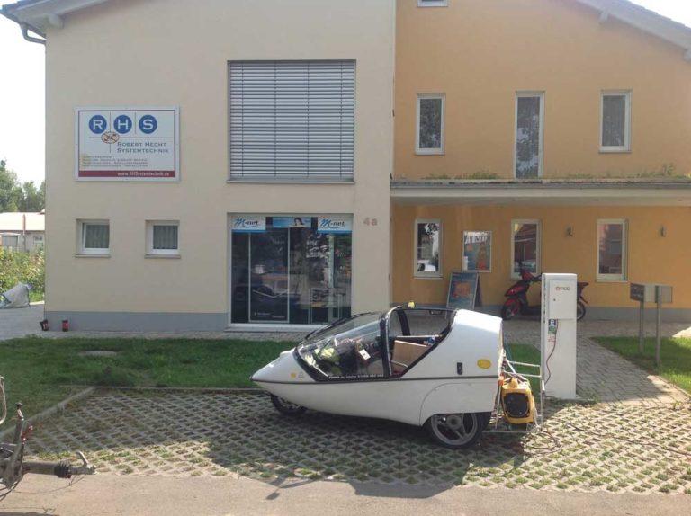 E-Tankstelle bei RHS in Meitingen-Waltershofen